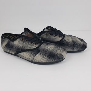 NEW Toms One For One Mens Size 11.5 Wool Shoes
